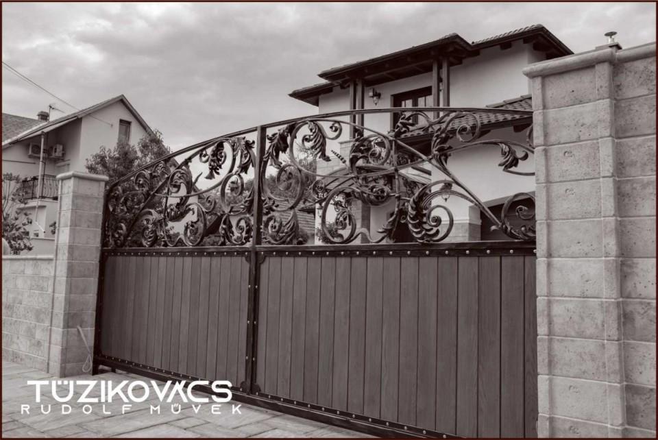 Kovácsolt kapu 1 klasszikus